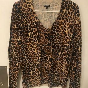 Leopard print v neck sweater Express Large